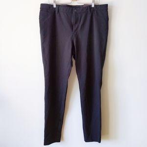 NWT Ava Viv Black Mid Rise Skinny Comfort Pants